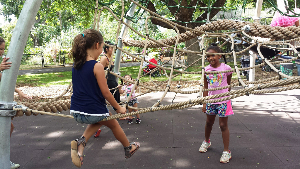 honolulu-zoo-playground-kids-fun