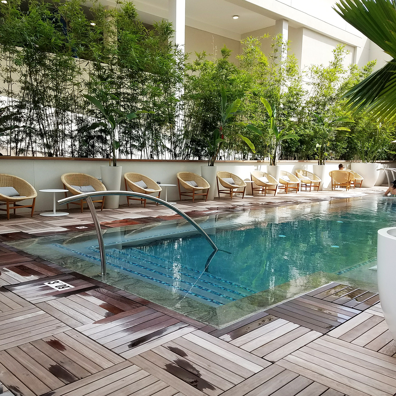 Laylow Waikiki Pool