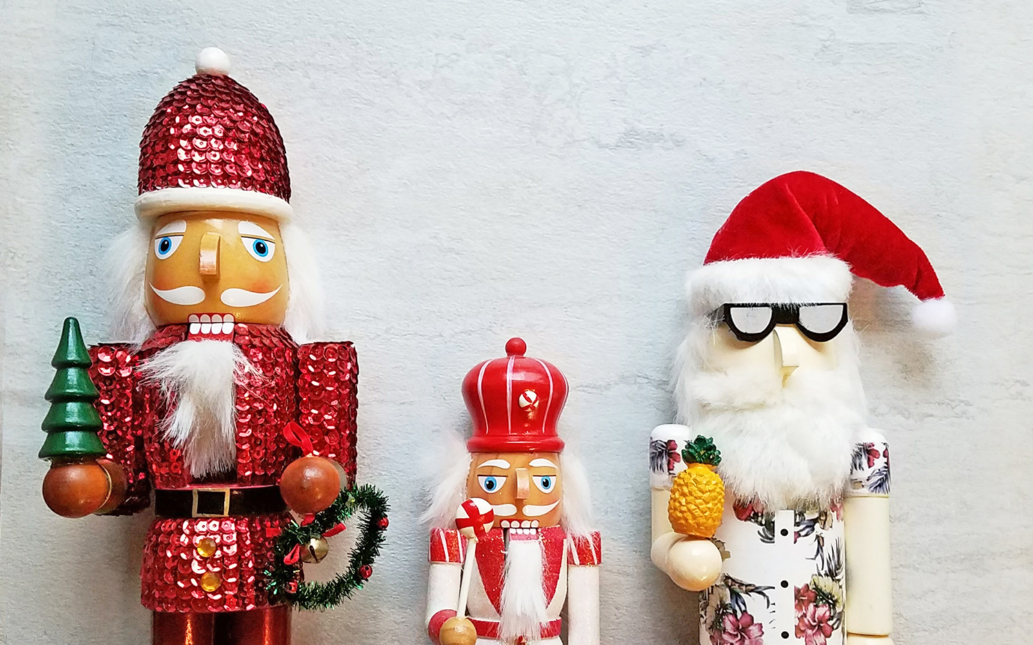 Festive Vibes: 25 Pieces of Holiday Inspiration